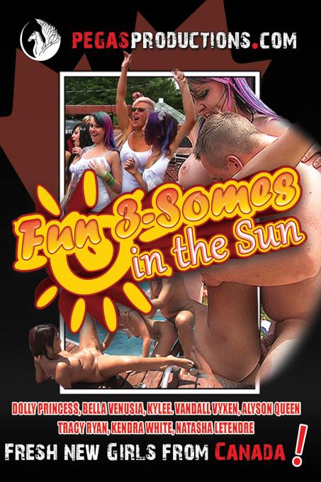 Fun 3-somes in the Sun